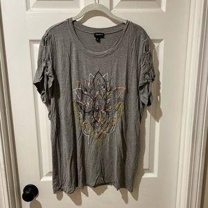 Torrid Grey t-shirt withboho design
